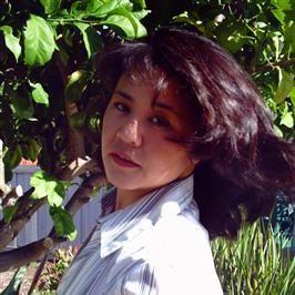 Aziatische vrijgezelle zoekt dating met een charmante man.