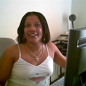Mooie zwarte dame uit Kenia zoekt een loyale man.